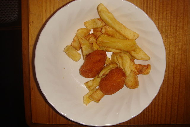 really-poor-severing-of-scampi-and-chips
